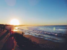 Byron Bay, entre hippies, beach et surf . En Australie, Byron Bay a ce quelque chose qui vous donne envie de poser vos valises et ne plus jamais repartir !