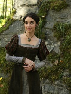 Adelaide Kane as Drizella, on Once Upon a Time. Note: this costume is not only recycled, but was bought from Universal Pictures. It was seen on Violet in the 5th season of Once Upon a Time, and is the actual costume worn by Kristen Stewart as Snow White in 2012's Snow White and the Huntsman.