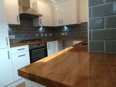 Prime Solid Oak Worktop, staves, All sizes available, Free Delivery Oak Wood Worktops, Wood Worktop Kitchen, Grey Kitchen Cabinets, Kitchen Tops, Kitchen Units, Wooden Kitchen, New Kitchen, Cheap Kitchen, White Gloss Kitchen