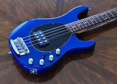 Music Man Stingray 4 Blue Pearl
