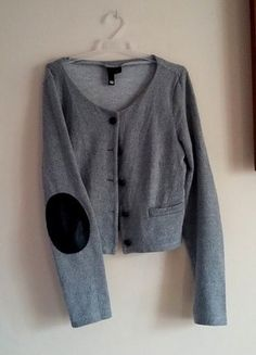 Kup mój przedmiot na #vintedpl http://www.vinted.pl/damska-odziez/marynarki-zakiety-blezery/16309044-marynarka-szara-melanzowa-laty-na-lokciach