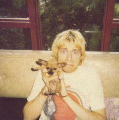Kurt cobain with a puppy