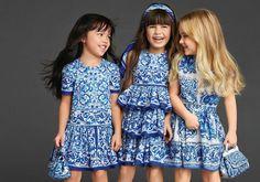 vestidos con estampa azul