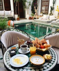 Remix your good mornings by waking up at #Marrakechs @LeRiadYasmine thank us later!  : @perfectweekend  Travel Well #TravelFly   #PassportLife  #HotelDreaming #Hotels #SeeTheWorld #BlackGirlsFly #BlackGirlsTravel #TravelingWomen #HotelLife #HotelLove #HotelSpotting #Travel #LifeofTravel #TravelInspo #TravelLife #LuxeTravel #TasteInTravel #LuxeTravel #WellTraveled #InspireToTravel #TravelLife #TravelGram #TravelBetter #IGTravel #TravelTime #TravelGirl #TravelFlyHotels
