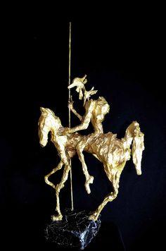 Jean François Glabik - Don Quichotte Or . 2015 - Sculptures papier et métal (H 76 cm)