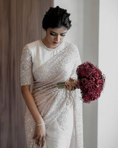 Designer Sarees Wedding, Latest Designer Sarees, Sabyasachi Designer, Designer Dresses, Christian Wedding Sarees, White Saree Wedding, Christian Bride, Bridesmaid Saree, Crepe Silk Sarees