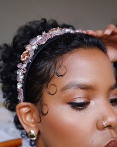Un-ruly was created to celebrate and inspire the versatility and beauty of Black hair and women Fine Curly Hair, Colored Curly Hair, Curly Hair Tips, Curly Hair Styles, Natural Hair Styles, Updo Curly, Black Hair Updo Hairstyles, Clip Hairstyles, Black Girls Hairstyles