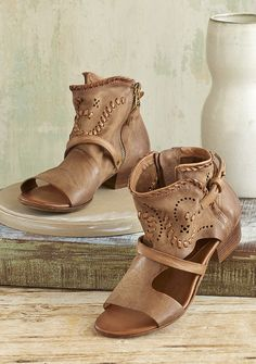 Cicely Sandals - strappy sandals with woven and perforated leather.