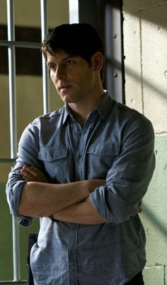 David Giuntoli Grimm Gif i swear im not on the wrong