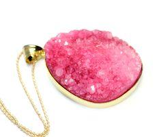 IM TREND-REPORT !- Enormer pink Druzy,vergold von RICH and BEAUTIFUL auf DaWanda.com