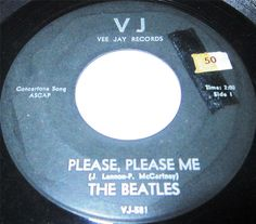 1964 45 Rpm The Beatles PLEASE PLEASE ME / FROM ME TO YOU On Vee Jay 581.
