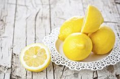 Squeeze out these 7 beauty benefits of lemons