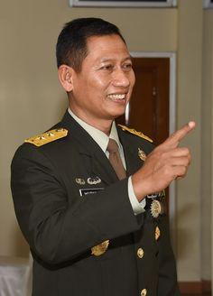 Kapuspen TNI : Tidak Ada Instruksi Tembak Ditempat dalam Razia Narkoba Dan, Suit Jacket, Suits, Jackets, Fashion, Down Jackets, Moda, La Mode, Fasion