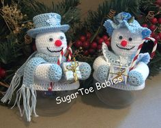 Christmas Crochet Pattern Ornament Covers Snow by SugarToeBabies Crochet Snowman, Crochet Christmas Ornaments, Christmas Crochet Patterns, Holiday Crochet, Christmas Knitting, Crochet Gifts, Christmas Snowman, Merry Christmas, Christmas Presents