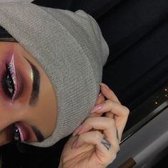 Dipbrow and Modern Renaissance Palette White Liquid Liner Distortion Heavy Metal Liner Obsidian and Corrupt Makeup Is Life, Makeup Goals, Makeup Inspo, Makeup Inspiration, Makeup Tips, Nude Makeup, Makeup On Fleek, Makeup Art, Beauty Makeup