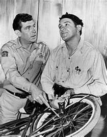 """George Lindsey (born December 17, 1935) Played """"Goober Pyle"""" on The Andy Griffith Show. Also a regular on Hee-Haw.  He was born in Fairfield, but raised in Jasper. As good as he is act playing the dim-wit.....he actually has a Bachelors in Bioscience from North AL!  Wiki him...he's friggin amazing!!"""