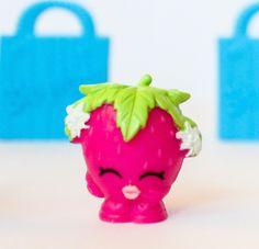 Shopkins Season 1 1 003 Pink Strawberry Kiss RARE | eBay