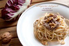 Linguine integrali in crema di radicchio e noci, un piatto di pasta gustoso, con ingredienti salutari, pronto in meno di 30 minuti.