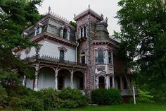 Abandoned Vintage Victorian House  by Tedndeesphotography