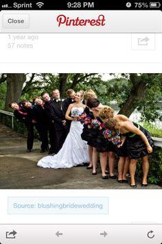 Groomsmen & Bridesmaids Pic Idea
