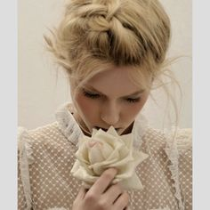 Penteados apanhados para noivas 2013. #casamento #penteado #trança #noiva