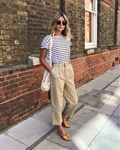 parisienne style | stripe tee and tan chinos
