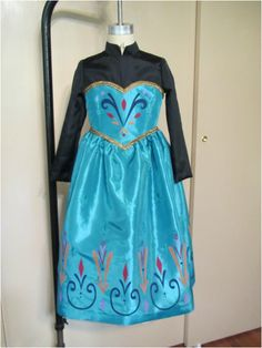 222 best costume diy frozen elsa images on pinterest frozen child size elsa dress using modified simplicity pattern find this pin and more on costume diy solutioingenieria Choice Image