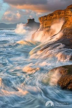 Restless Sea. Cape Kiwnda by Gary Weathers on 500px  )