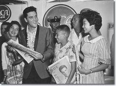 Elvis Presley : March 25, 1961 : U.S.S. Arizona Benefit Concert : Press Confernce.