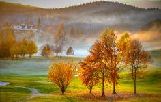 Golf Club Asiago, altopiano dei sette comuni. Un' altra foto del mese di novembre con il sole al tramonto carico di luce rossa...