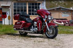 Great Ride.  I have a Black Screaming Eagle 103