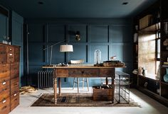 A studio in a magnificent brownstone with striking contrasts. Bespoke Only / Simpson Jacoby / Ty Cole.