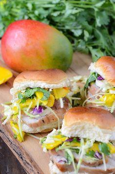 Pork Tenderloin Sliders with Spicy Mango Slaw: re-use that leftover pork tenderloin for a quick dinner/lunch!