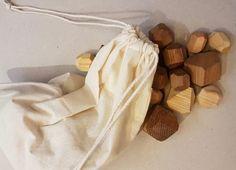 A manipuler, à empiler... Wooden Shapes, Natural Wood, Toys