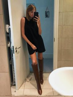 A roundup of the best dresses and boots worn by influencers recently. From amazing midi dresses to the perfect ankle boots, shop the newest styles here. Black Boots Outfit, Winter Boots Outfits, Fall Outfits, Black Knee High Boots Outfit, Winter Shoes, Knee High Boots Dress, Dress With Boots, Ankle Boots, Looks Dark