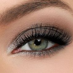 #followme #followforgood #eyeshadow #smokeyeyes #eyes #colors #trending #makeupforyou #cateyes #goals #gorgeous #beauty