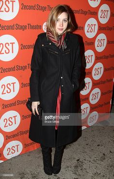 zoe-kazan-poses-at-the-opening-night-arrivals-for-gruesome-playground-picture-id108693365 (653×1024) Zoe Kazan Style, Playground Pictures, Theatre Stage, Opening Night, Poses, Fashion, Figure Poses, Moda, Fashion Styles