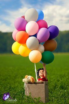 Balloons Photography, Baby Girl Photography, Children Photography, Little Girl Photos, Baby Girl Pictures, Cute Kids, Cute Babies, Creative Photos, Birthday Photos