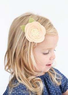 Felt flower with FREE pattern and tutorial