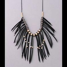Oona Fringe Necklace