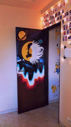 Painted Bedroom Doors, Art Room Doors, Painted Doors, Indie Room Decor, Cute Bedroom Decor, Bedroom Art, Hippie Painting, Trippy Painting, Easy Canvas Art