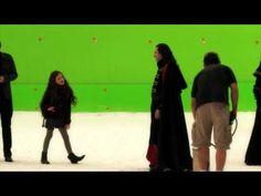 Video – The Twilight Saga: Breaking Dawn Part 2 – Working With MacKenzie
