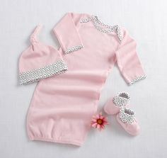 Amazon.com: Baby Aspen Welcome Home Baby 3-Piece Layette Gift Set, Pink, 0-6 Months: Baby