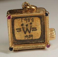 "Vintage 14K Yellow Gold Colibri Swiss Made Music Box TV Charm ""La Vie En Rose"""