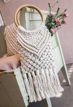 Kenkäveron 30- vuotis juhlanäyttely kesällä 2020 Merino Wool Blanket, Straw Bag, Bags, Fashion, Handbags, Moda, Fashion Styles, Fashion Illustrations, Bag