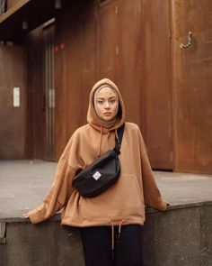 outfit of the day - Hijab+ Modern Hijab Fashion, Street Hijab Fashion, Hijab Fashion Inspiration, Muslim Fashion, Mode Inspiration, Modest Fashion, Hijab Casual, Hijab Chic, Casual Outfits