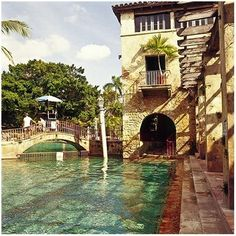 GROSS And DALEY Travel Photography: OLD FLORIDA BOOK - The elegant Venetian pool in Coral Gables was known as the World's most beautiful swimming hole and has been frequented by celebrities since the 1920s.