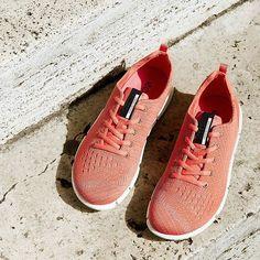 ECCO sneakers http://shoecommittee.com/blog/2016/4/14/ecco-sneakers