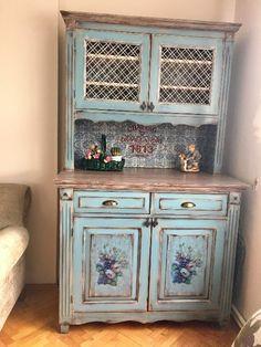 Mavi Damask Desenli Ege Mavi Dolap, Kullanılmış Konsol/ Dresuar, Satıcı: Semra  - dekopasaj.com