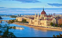 Budapest Private Walking City Tour in Hungary Europe Lonely Planet, Hotel Weekend, Rhine River Cruise, John Lennon Wall, Buda Castle, Belle Villa, Exotic Places, Most Beautiful Cities, Amazing Places